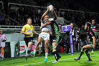 Jonathan Joseph of Bath Rugby is tackled in the air. European Rugby Challenge Cup match, between Pau (Section Paloise) and Bath Rugby on October 15, 2016 at the Stade du Hameau in Pau, France. Photo by: Patrick Khachfe / Onside Images