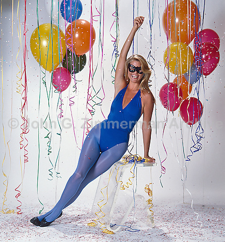 Christie Brinkley, studio shoot, Los Angeles, 1982. Photo by John G. Zimmerman