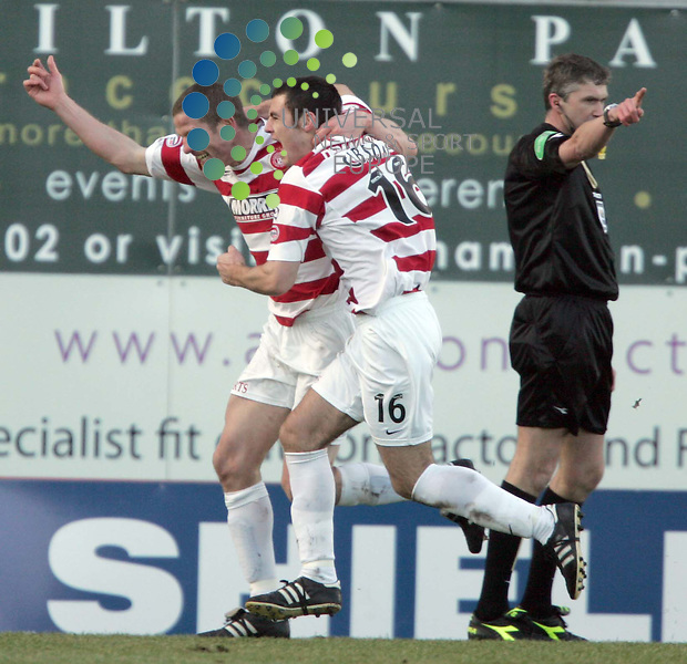 Chris Swails scores the second for Hamilton during the Hamilton Accies v Dundee United 5th round Homecoming Scottish cup, Hamilton New Douglas Park..Picture: Universal News and Sport - 7/02/2009............. ........... .
