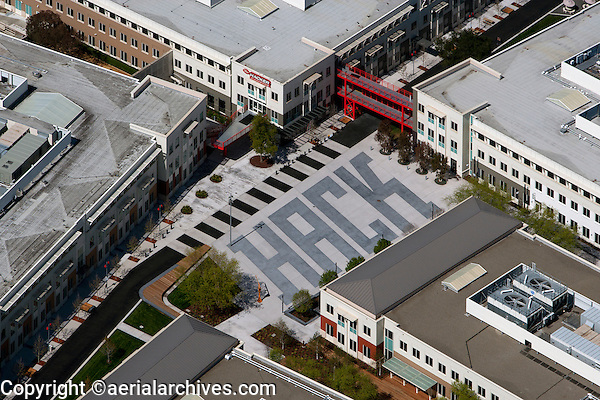 aerial photograph Facebook Headquarters, 1 Hacker Way, Menlo Park, San Mateo County, California