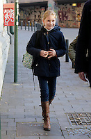 Princess Elisabeth of Belgium leaving school while being threatened with kidnapping - Belgium