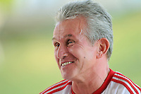 Fussball 1. Bundesliga:  Saison   2011/2012    Winter Trainingslager des FC Bayern Muenchen  03.01.2012 Pressekonferenz:  Trainer Jupp Heynckes