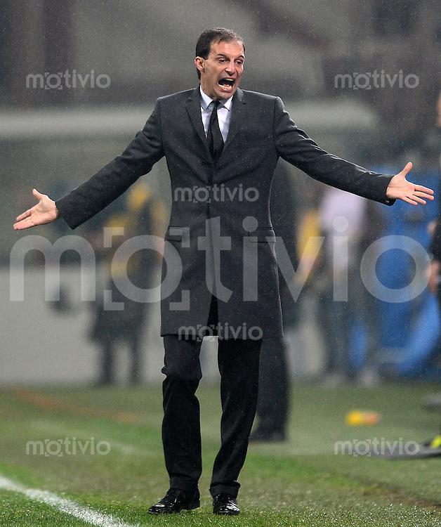 FUSSBALL INTERNATIONAL   SERIE A   SAISON 2012/2013    AC Mailand - Juventus Turin  25.11.2012 Trainer Massimilliano Allegri (AC Mailand)