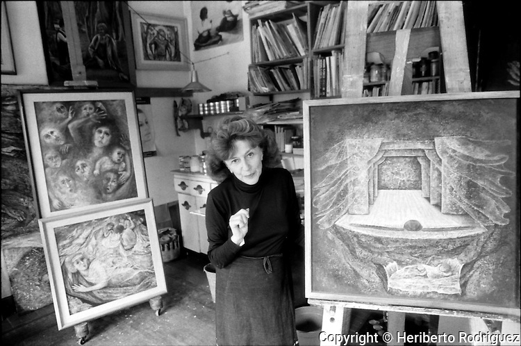 Archive photo of Poland-born muralist and painter Fanny Rabel smiles at her painting studio in Mexico City, November 11, 1992. Rabel worked with David Alfaro Siqueiros, Diego Rivera and Frida Khalo and along with Antonio Garica Bustos, Guillermo Monroy and Arturo Estrada were known as the Group of The Fridos. © Photo by Heriberto Rodriguez