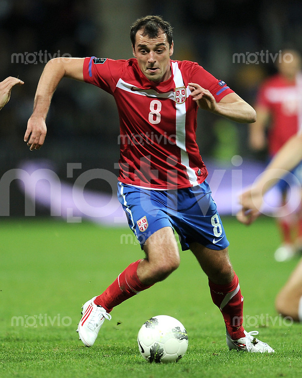 FUSSBALL INTERNATIONAL  Qualifikation Euro 2012  11.10.2011 Slowenien - Serbien Nenad MILIJAS (Serbien)