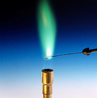 COPPER FLAME TEST: GREEN FLAME<br />