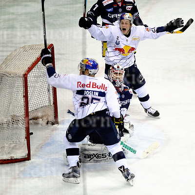 March 31-17,Mercedes-Benz-Arena,Berlin,Germany<br /> DEL Ice-Hockey ,German ice-hockey<br /> Playoff game number 4<br /> Eisbaeren Berlin vs EHC M&Uuml;NCHEN<br /> Dominik Kahun,m,celebrates the GWG vs goalie Petri Vehanen, Red Bull wins 1:3.