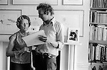 Patrick Procktor artist London 1969. Patrick with his mother Barbara in the Manchester Street flat.