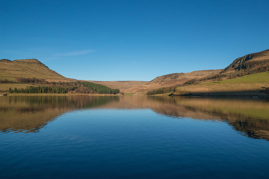 A mid afternoon view of Dovestone Reservoir on a clear winter afternoon.