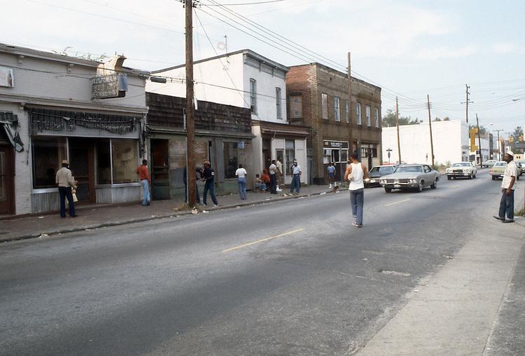 1982 October..Redevelopment.Church Street..WEST SIDE CHURCH STREET.HUNTERSVILLE 2...NEG#.NRHA#..