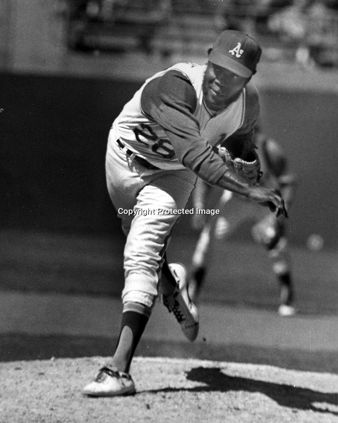 "Oakland A's pitcher Jim ""Mud Cat""Grant (1970 photo by Ron Riesterer)"