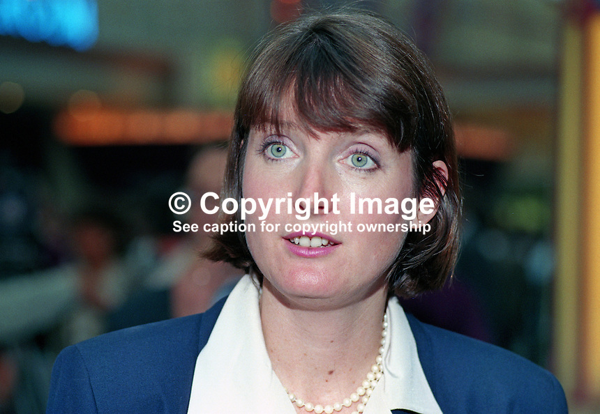 Harriet Harman, MP, Labour Party, Peckham, UK, 19901006005.<br /> <br /> Copyright Image from Victor Patterson, 54 Dorchester Park, Belfast, UK, BT9 6RJ<br /> <br /> t1: +44 28 9066 1296<br /> t2: +44 28 9002 2446<br /> m: +44 7802 353836<br /> <br /> e1: victorpatterson@me.com<br /> e2: victorpatterson@gmail.com<br /> <br /> www.victorpatterson.com<br /> <br /> IMPORTANT: Please see my Terms and Conditions of Use at www.victorpatterson.com