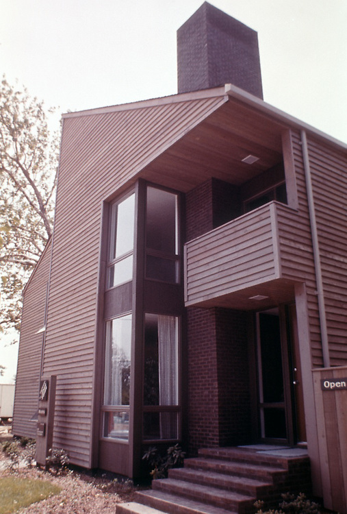 1976 July..Redevelopment...E Ghent North (A-1-2)..CAPTION...NEG#.NRHA# 4822..