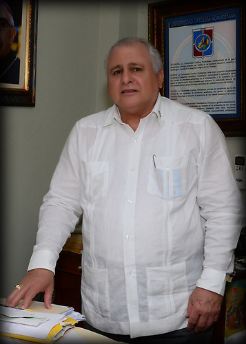 Dr. Luis Esmurdo director de la Universidad Nordestana San Francisco de Macorís.