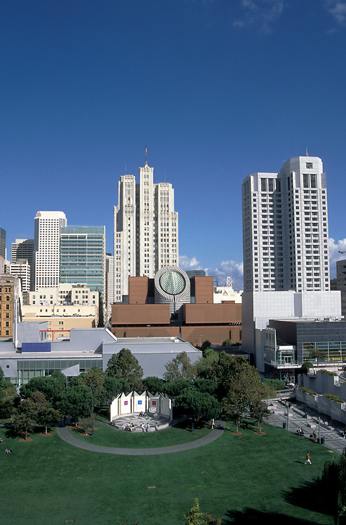 California, San Francisco: San Francisco Museum of Modern Art and Yerba Buena Gardens.Photo #: 8-casanf321.Photo © Lee Foster 2008