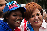 Mayoral candidate Christine Quinn takes part during the Bronx Dominican parade in New York July 28, 2013 by Kena Betancur / VIEWpress