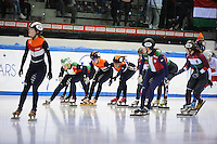 SHORT TRACK: TORINO: 15-01-2017, Palavela, ISU European Short Track Speed Skating Championships, Final Relay Ladies, Start, Suzanne Schulting (NED) pushes Yara van Kerkhof (NED), ©photo Martin de Jong