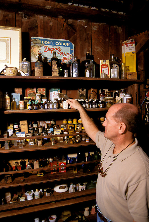 FL: Florida Everglades National Park,.historic Smallwood store, interior.Photo Copyright: Lee Foster, lee@fostertravel.com, www.fostertravel.com, (510) 549-2202.Image: flever213