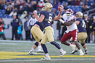 Annapolis, MD - December 3, 2016: Navy Midshipmen quarterback Zach Abey (9) throws a pass during game between Temple and Navy at  Navy-Marine Corps Memorial Stadium in Annapolis, MD.   (Photo by Elliott Brown/Media Images International)
