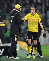 FUSSBALL   1. BUNDESLIGA   SAISON 2011/2012    15. SPIELTAG Borussia Moenchengladbach - Borussia Dortmund        03.12.2011 Trainer Juergen Klopp (li) und Kevin Grosskreutz (re, beide Borussia Dortmund)