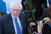 Democratic Presidential candidate Bernie Sanders attends the Official State Welcome ceremony for Pope Francis on the South Lawn of the White House in Washington, DC on Wednesday, September 23, 2015.  <br /> Credit: Chris Kleponis / CNP