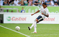 FUSSBALL   1. BUNDESLIGA   SAISON 2011/2012    2. SPIELTAG VfL Wolfsburg - FC Bayern Muenchen      13.08.2011 Luiz GUSTAVO (Bayern) erzielt das Tor zum 0:1