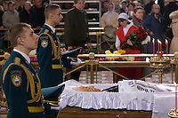 Moscow, Russia, 24/04/2007..The body of former Russian President Boris Yeltsin lies in state in the Cathedral of Christ the Saviour as mourners visit to pay their last respects.