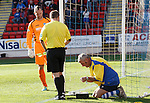 St Johnstone v Inverness Caledonian Thistle...05.10.13      SPFL<br /> Groundsman Chris Smith repairs the nets which delayed kick off<br /> Picture by Graeme Hart.<br /> Copyright Perthshire Picture Agency<br /> Tel: 01738 623350  Mobile: 07990 594431