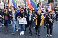 Roma 12 Dicembre 2015<br /> &laquo;La marcia dei diritti&raquo;, per rompere il silenzio su i diritti di almeno tre milioni di cittadine e cittadini lesbiche, gay, bisessuali, trans, intersessuali, per i diritti delle donne e le unioni etero e omosessuali. Diritti che le leggi dell' Italia continuano a ignorare e a calpestare nonostante le sentenze delle corti italiane e internazionali.<br /> Rome December 12, 2015<br /> &quot;March of the rights&quot;, to break the silence on the rights of at least three million citizens from lesbian, gay, bisexual, trans, intersex, for the rights of women and heterosexual and homosexual unions.  Rights that the laws of Italy continue to ignore and trample despite the judgments of the Italian  and international courts.