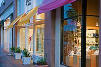 J Crew, El Paseo Drive, Palm Desert, CA, Boutiques; famous; retailers; fashion; haute couture; shopping; Mannequins; near Palm Springs; Palm Trees; California; Coachella Valley; Desert;