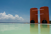 Hotel Basico, Central de Arquitectos, Playa del Carmen, Mexico. August 28, 2008