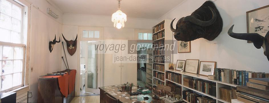 "Cuba/Env La Havane/San Francisco de Paula: Bureau de la ""Finca Vigia"" ferme de la vigie, maison d'Ernest Hemingway"