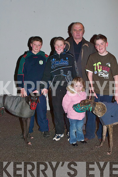 P Young Greyhound Trainer 03 Causeway Camogie859...