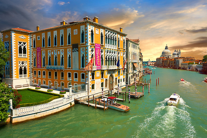 The Grand Canal from Ponte dell'Accademia at sunset; in the foreground Palazzo Cavalli-Franchetti, in the distance Santa Maria della Salute