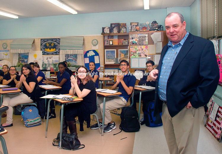 WATERBURY, CT 23 SEPTEMBER 2015 -093015DA04- Waterbury's Mayor Neil O'Leary showed up at Kennedy High School's award-winning journalism class to deliver a bunch of iPads on Wednesday.<br /> Darlene Douty Republican-American