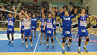 20161228 - ROESELARE ,  BELGIUM : Roeselare pictured celebrating after their win and qualifying for the Cupfinal in the second semi final in the Belgian Volley Cup between Knack Volley Roeselare and Lindemans Aalst in Roeselare , Belgium , Wednesday 28 th December 2016 . PHOTO SPORTPIX.BE | DAVID CATRY