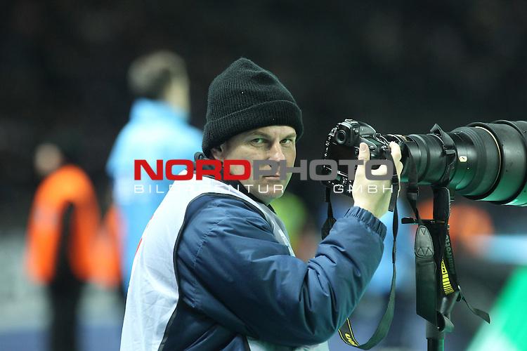 30.11.2013, OLympiastadion, Berlin, GER, 1.FBL, Hertha BSC vs FC Augsburg, im Bild Marco Leiphold<br /> <br />               <br /> Foto &copy; nph /  Schulz