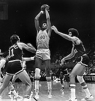 Golden State Warrior Derrek Dickey<br /> (1974 photo/Ron Riesterer)