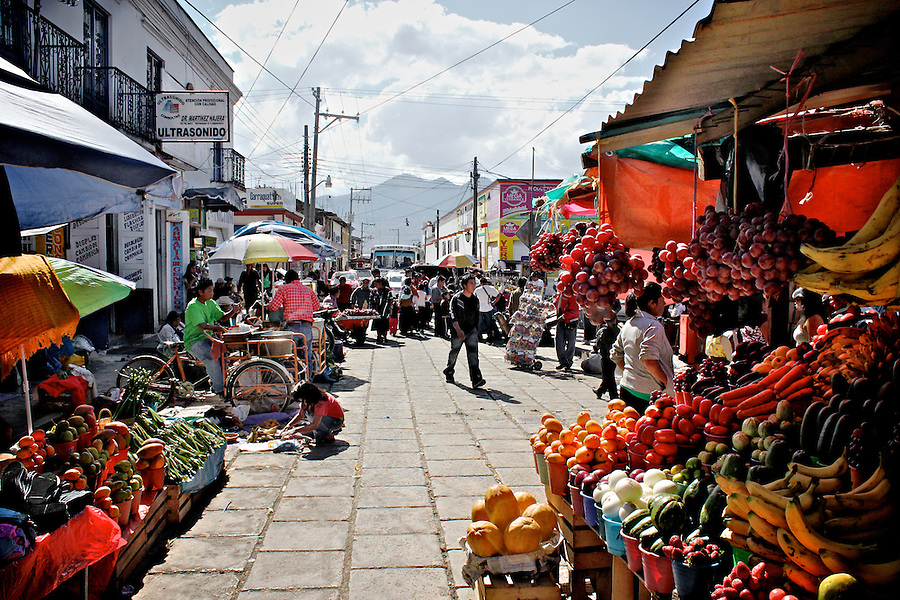 San-Cristobal-Chiapas-11.jpg | Everystring: everystring.photoshelter.com/image/I0000rTXUrUcNPVc