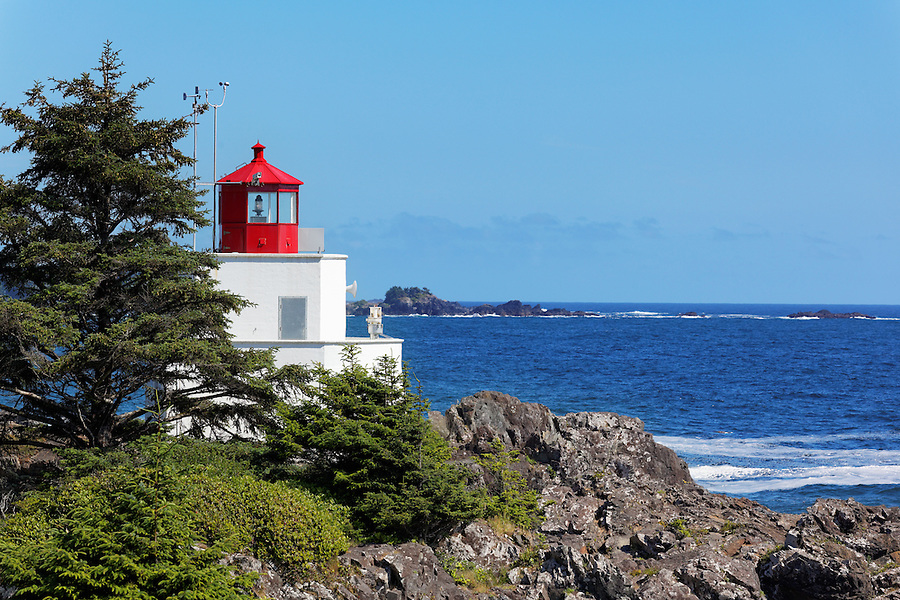 Amphitrite Lighthouse standing watch over Barkley Sound, Wild Pacific Trail, Ucluelet, Vancouver Island, Canada