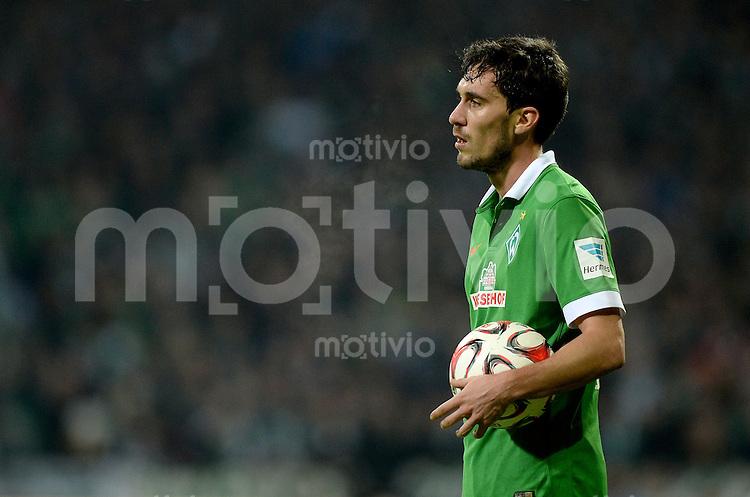 FUSSBALL   1. BUNDESLIGA   SAISON 2014/2015   15. SPIELTAG SV Werder Bremen - Hannover 96                         13.12.2014 Santiago Garcia (SV Werder Bremen)