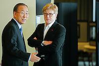 American actor Robert Redford (R ) speaks with U.N. Secretary-General Ban Ki-moon before his address on climate change at U.N. headquarters in New York.  06/29/2015. Eduardo MunozAlvarez/VIEWpress
