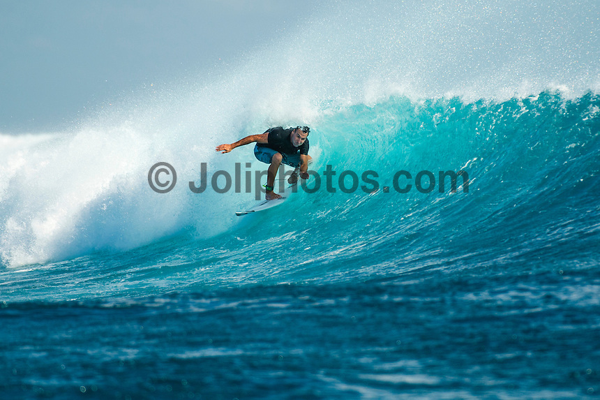 CLOUDBREAK, Namotu Island/Fiji (Saturday, June 8, 2013) - Joel Parkinson (AUS) going swtch foot during a free surf at Cloudbreak after the contest was called off. After monitoring conditions at Cloudbreak throughout the morning, event officials at the Volcom Fiji Pro  called competition off for  the day. <br /> Stop No. 4 of 10 on the ASP World Championship Tour (WCT), the Volcom Fiji Pro has enjoyed flawless conditions at both Cloudbreak and Restaurants and the current forecast is showing signs of more excellent surf to come.<br /> <br /> ?We spent some time watching Cloudbreak this morning, but conditions were not consistent enough to call the event back on,? Rich Porta, ASP International Head Judge said. ?Conditions look really good for the coming days so we'll be patient and wait for better waves to restart competition.? <br />  Photo: joliphotos.com