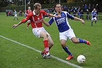 VOETBAL: KOUDUM: 24-10-2015, Oeverzwaluwen-Mulier, uitslag 0-0, Geert Sprik (#3), Wietze Peterson (#9), ©foto Martin de Jong