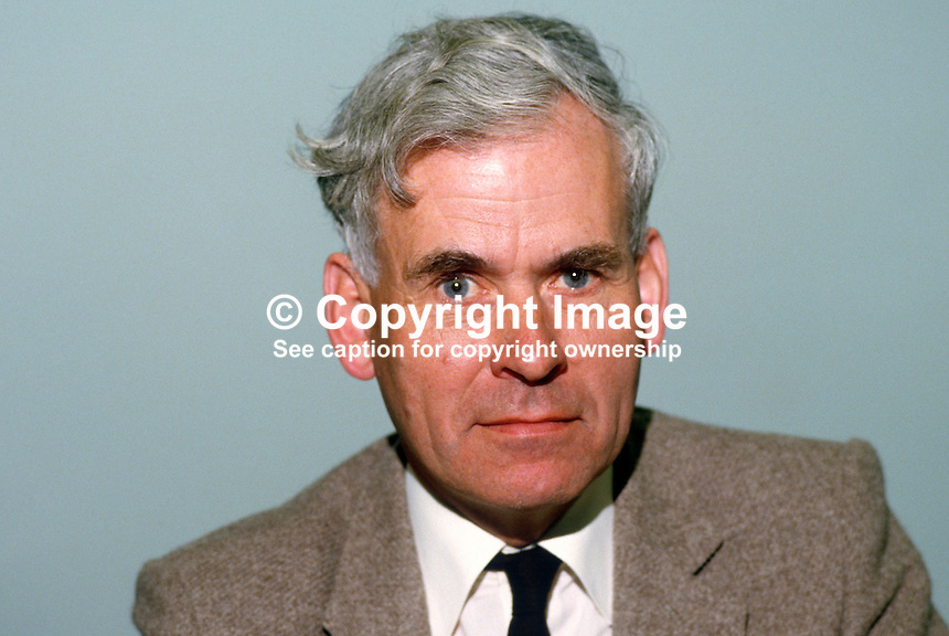 Vernon Smyth, general secretary, Ulster Farmers' Union, N Ireland, UK, 19840070VS..Copyright Image from Victor Patterson, 54 Dorchester Park, Belfast, UK, BT9 6RJ..Tel: +44 28 9066 1296.Mob: +44 7802 353836.Voicemail +44 20 8816 7153.Skype: victorpattersonbelfast.Email: victorpatterson@me.com.Email: victorpatterson@ireland.com (back-up)..IMPORTANT: If you wish to use this image or any other of my images please go to www.victorpatterson.com and click on the Terms & Conditions. Then contact me by email or phone with the reference number(s) of the image(s) concerned.