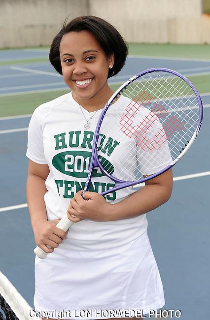 Huron High School girl's junior varsity tennis team.