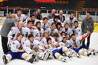 IJSHOCKEY: HEERENVEEN: Thialf, IIHF Ice Hockey U18 World Championship, 060412, Silver medals for Team Romania ©foto Martin de Jong