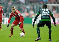 FUSSBALL   1. BUNDESLIGA  SAISON 2012/2013   23. Spieltag  FC Bayern Muenchen - SV Werder Bremen    23.02.2013 Xherdan Shaqiri (li, FC Bayern Muenchen) gegen Theodor Gebre Selassie (SV Werder Bremen)