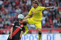 FUSSBALL   1. BUNDESLIGA   SAISON 2011/2012    4. SPIELTAG Bayer 04 Leverkusen - Borussia Dortmund              27.08.2011 Marcel SCHMELZER (re, Dortmund) gegen Stefan KIESSLING (re, Leverkusen)