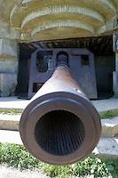 Francia Normania Le spiagge dello sbarco alleato, cannone da un bunker tedesco,